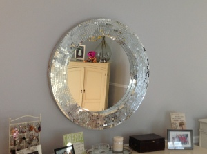 Mosiac mirror. LOVE.